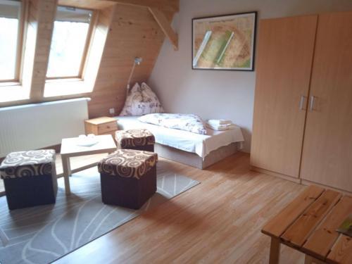 erdely-vadaszkastely-brasso-szoba (3)