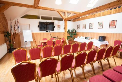 Konferenciaterem bekeszites  11