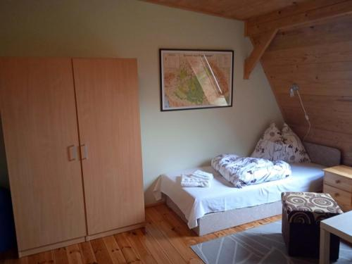 erdely-vadaszkastely-torda-szoba (5)