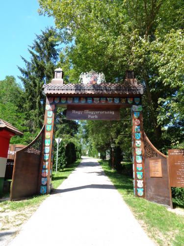 nagy-magyarorszag-park-bemutatkozas-1