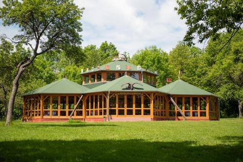 PR0 Nagy-Magyarorszag Park  29